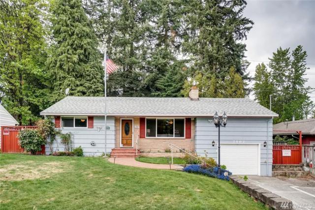 7502 17th Ave SE, Everett, WA 98203 (#1438648) :: Ben Kinney Real Estate Team