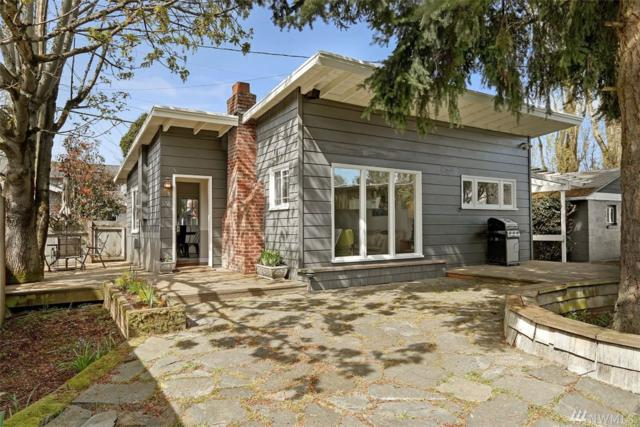 3221 45th Ave SW, Seattle, WA 98116 (#1439812) :: TRI STAR Team | RE/MAX NW