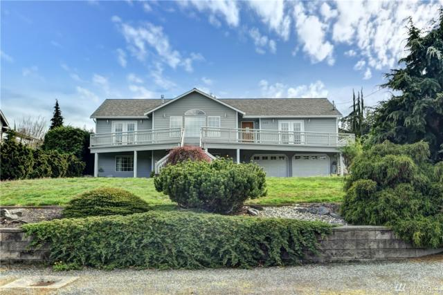 302 E Lochwood Dr, Camano Island, WA 98292 (#1439952) :: Real Estate Solutions Group