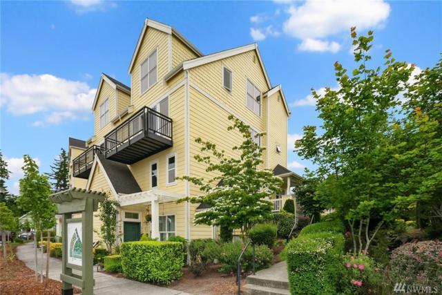 1950 18th Ave Ave NE B, Issaquah, WA 98029 (#1440060) :: Ben Kinney Real Estate Team