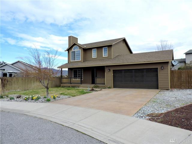 2492 Plateau Drive, East Wenatchee, WA 98802 (#1440137) :: Keller Williams Everett
