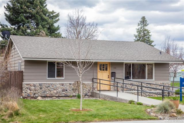 300 E 2nd Ave, Ellensburg, WA 98926 (#1440205) :: Center Point Realty LLC