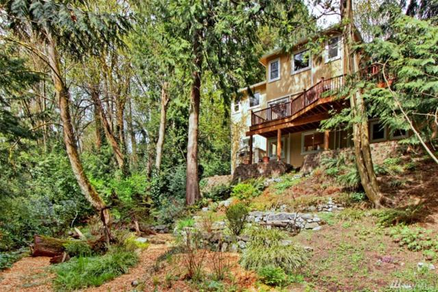 1525 NE Elshin Place, Seattle, WA 98125 (#1440505) :: Keller Williams Everett