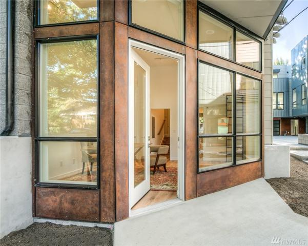 1121 34th Ave B, Seattle, WA 98122 (#1442376) :: KW North Seattle