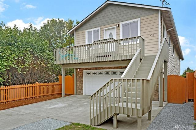 109 SW 108th St, Seattle, WA 98146 (#1442415) :: Chris Cross Real Estate Group
