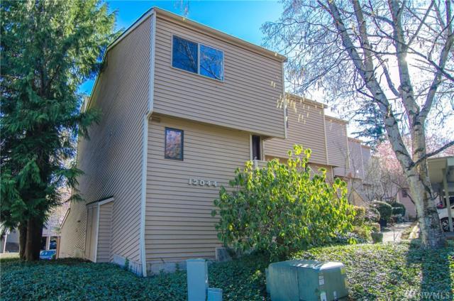 12044 96th Ave NE #225, Kirkland, WA 98034 (#1442591) :: Ben Kinney Real Estate Team