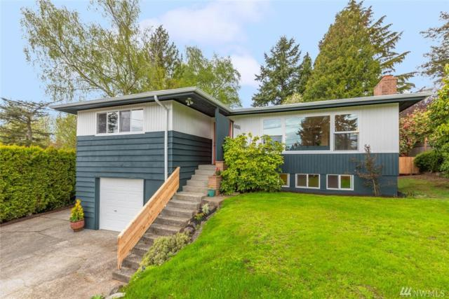 2820 SW 110th Place, Seattle, WA 98146 (#1442661) :: Keller Williams Realty Greater Seattle