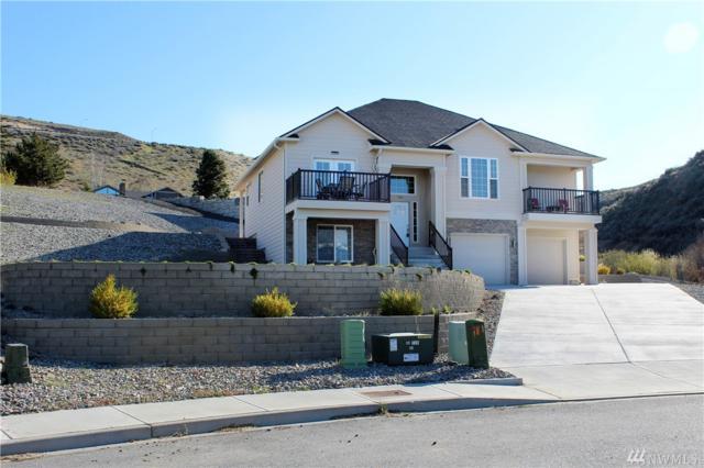 723 19th NE, East Wenatchee, WA 98802 (#1442825) :: Chris Cross Real Estate Group