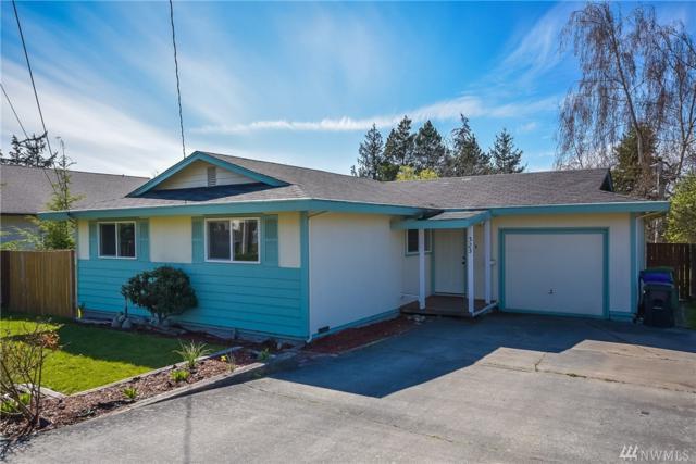 323 NE Ronhaar St, Oak Harbor, WA 98277 (#1443030) :: Ben Kinney Real Estate Team