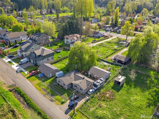 1122 13th St SW, Puyallup, WA 98371 (#1443435) :: Lucas Pinto Real Estate Group