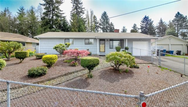 2424 S 137th St, SeaTac, WA 98168 (#1444238) :: Keller Williams Realty Greater Seattle
