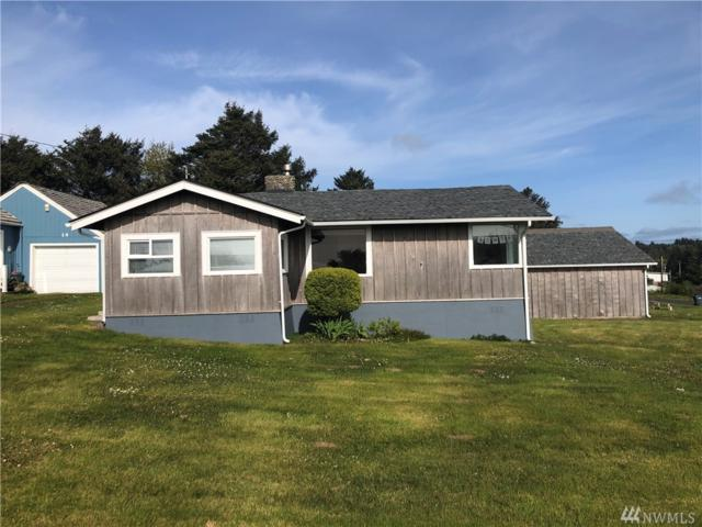 12 N First St, Pacific Beach, WA 98571 (#1446823) :: Ben Kinney Real Estate Team