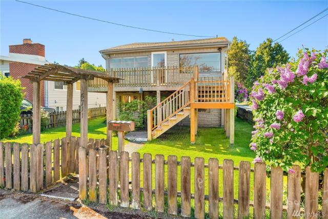 5711 SW Lander St, Seattle, WA 98116 (#1448568) :: McAuley Homes