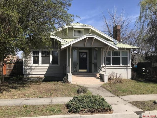 70 Oak St, Okanogan, WA 98840 (#1448858) :: Kimberly Gartland Group