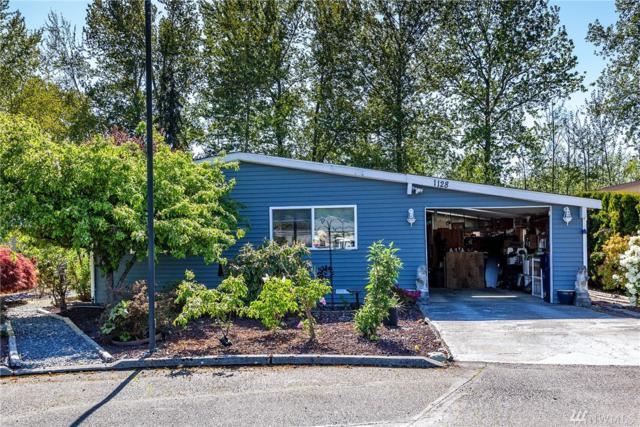 1128 Lake View Cir, Bothell, WA 98021 (#1450018) :: Keller Williams Realty Greater Seattle