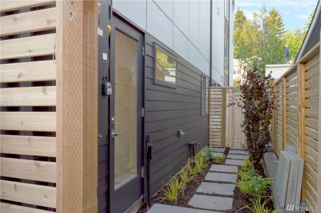 7424-A Rainier Ave S, Seattle, WA 98118 (#1450072) :: Kimberly Gartland Group