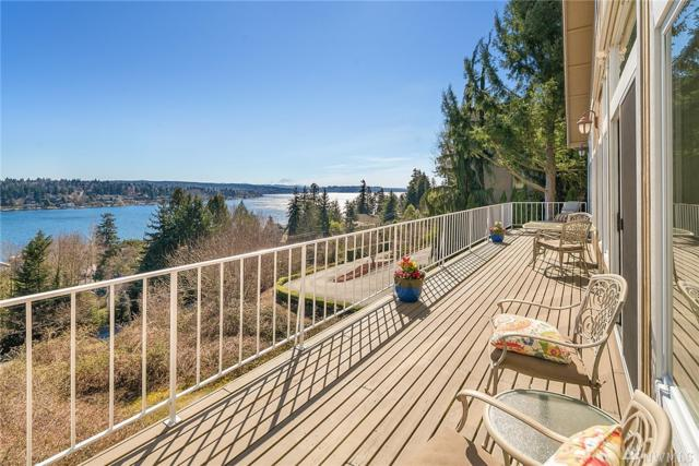 8445 NE 110th Place, Kirkland, WA 98034 (#1451017) :: Real Estate Solutions Group