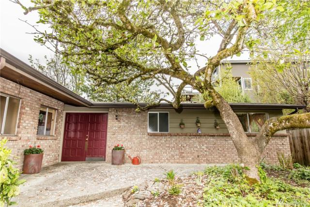 18710 82nd Ave NE, Kenmore, WA 98028 (#1452046) :: TRI STAR Team | RE/MAX NW