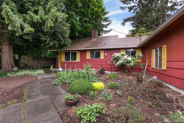 11005 25th Ave SW, Seattle, WA 98146 (#1452440) :: The Kendra Todd Group at Keller Williams