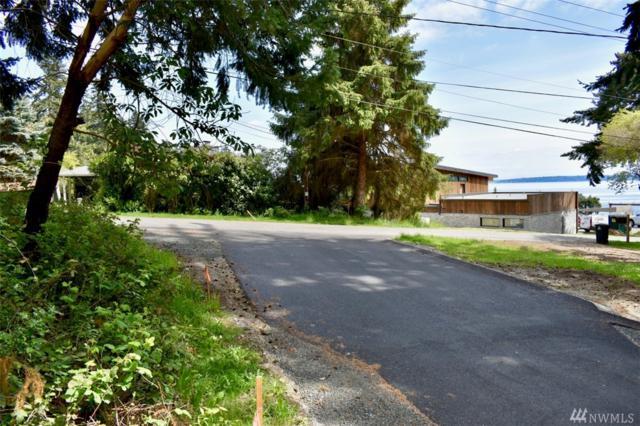 1 Sanddab Lane, Bainbridge Island, WA 98110 (#1452785) :: Alchemy Real Estate