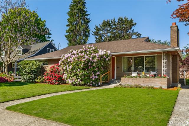 8809 26th Ave NE, Seattle, WA 98115 (#1454318) :: Canterwood Real Estate Team