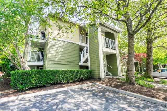 300 N 130th St #1102, Seattle, WA 98133 (#1455131) :: Ben Kinney Real Estate Team