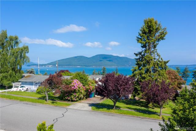 3403 W 3rd St, Anacortes, WA 98221 (#1455146) :: Commencement Bay Brokers