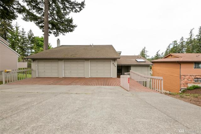 904 36th St, Bellingham, WA 98229 (#1456071) :: The Kendra Todd Group at Keller Williams