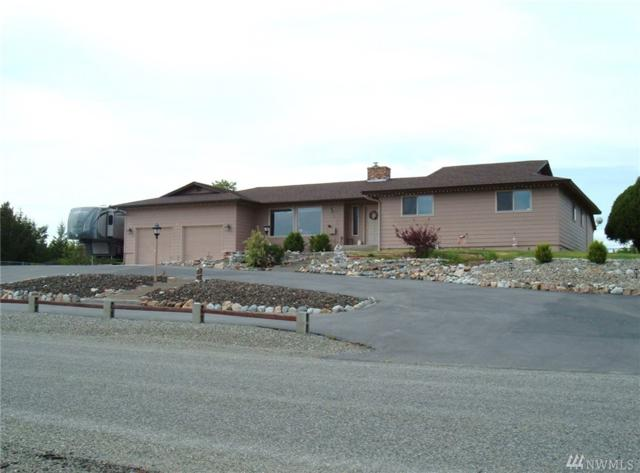15 Kruse St, Omak, WA 98841 (#1456385) :: Homes on the Sound