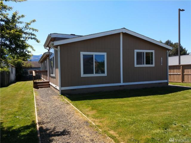 1120 Caroline St, Port Angeles, WA 98362 (#1456681) :: The Kendra Todd Group at Keller Williams