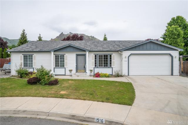 1516 Willow Place, Wenatchee, WA 98801 (#1456932) :: Kimberly Gartland Group