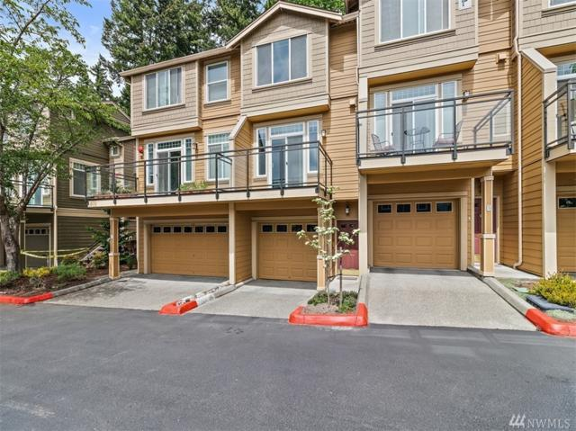23300 SE Black Nugget Rd F2, Issaquah, WA 98029 (#1457492) :: Homes on the Sound