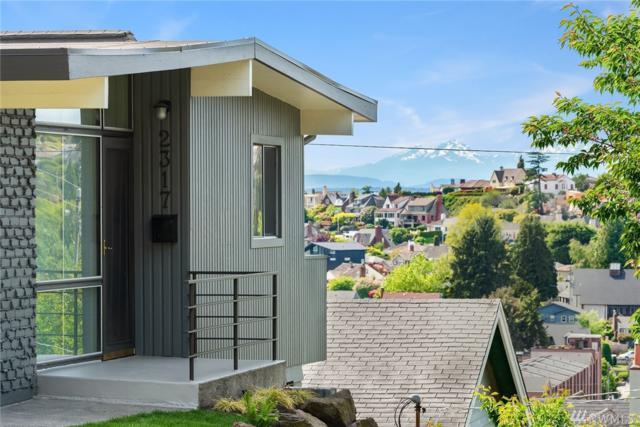 2317 29th Ave W, Seattle, WA 98199 (#1457622) :: Alchemy Real Estate
