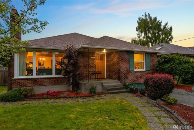 2607 32nd Ave W, Seattle, WA 98199 (#1457852) :: Alchemy Real Estate