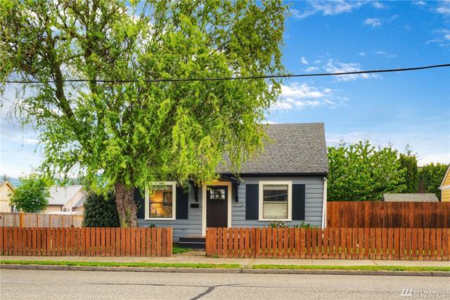 2551 Porter St, Enumclaw, WA 98022 (#1459065) :: Alchemy Real Estate