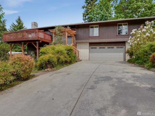 10120 NE 113th Place, Kirkland, WA 98033 (#1459292) :: Keller Williams Realty