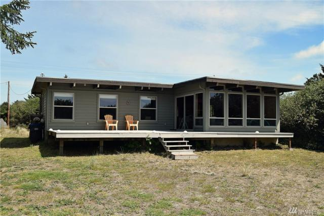 343 Sand Dune Ave NW, Ocean Shores, WA 98569 (#1459543) :: Homes on the Sound
