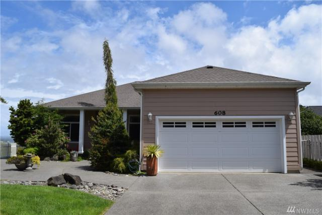 608 Chinook Ave SE, Ocean Shores, WA 98569 (#1460015) :: The Kendra Todd Group at Keller Williams