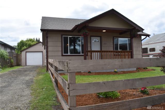 2925 Fir, Longview, WA 98632 (#1460035) :: Ben Kinney Real Estate Team