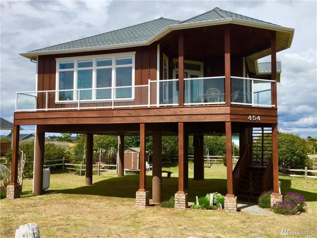 454 S Bel Air Lp SW, Ocean Shores, WA 98569 (#1460366) :: Homes on the Sound