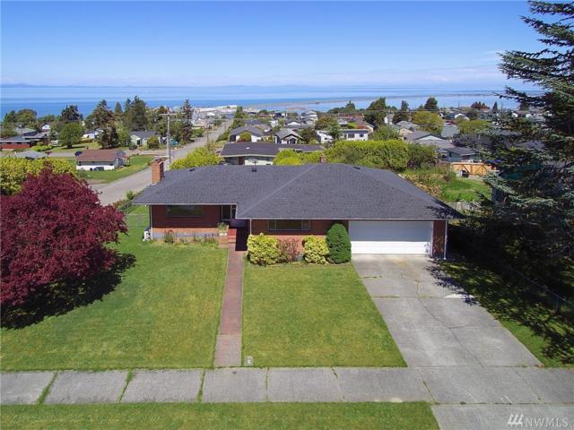 1639 W 8th St, Port Angeles, WA 98363 (#1460635) :: Kimberly Gartland Group