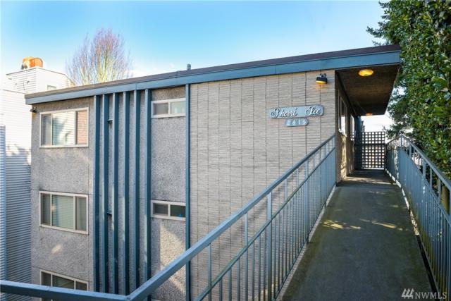 2415 8th Ave N, Seattle, WA 98109 (#1460645) :: Crutcher Dennis - My Puget Sound Homes