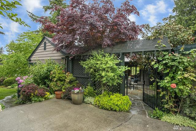 4024 30th Ave W, Seattle, WA 98199 (#1460666) :: Homes on the Sound