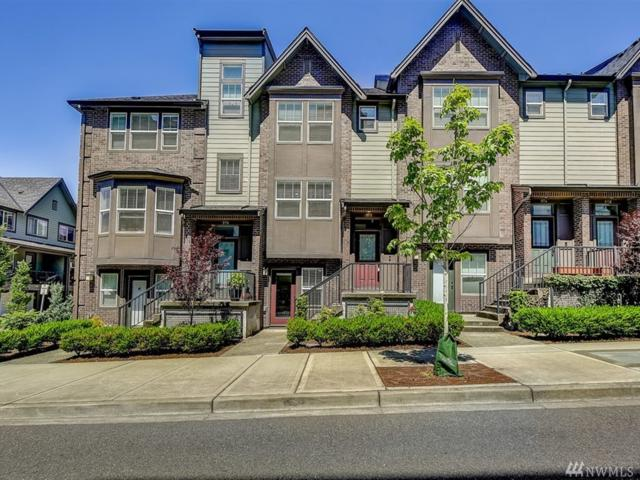 972 NE Discovery Dr #10.4, Issaquah, WA 98029 (#1460671) :: Homes on the Sound