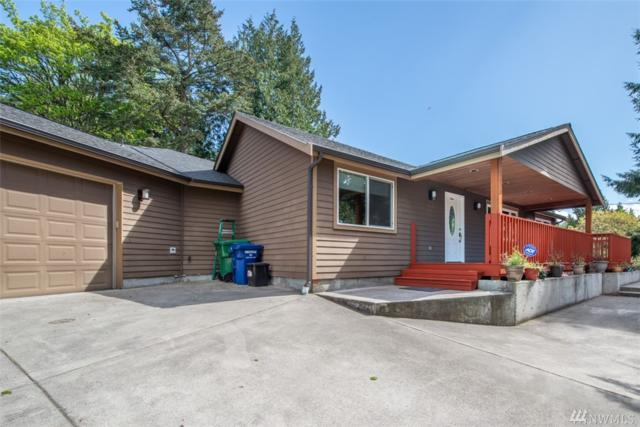 1016 NE 108th St, Seattle, WA 98125 (#1460886) :: The Kendra Todd Group at Keller Williams
