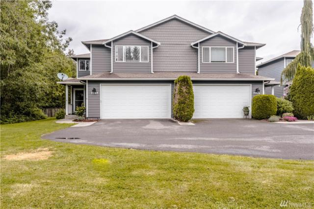 7327 Pioneer Hwy, Stanwood, WA 98292 (#1460918) :: Homes on the Sound