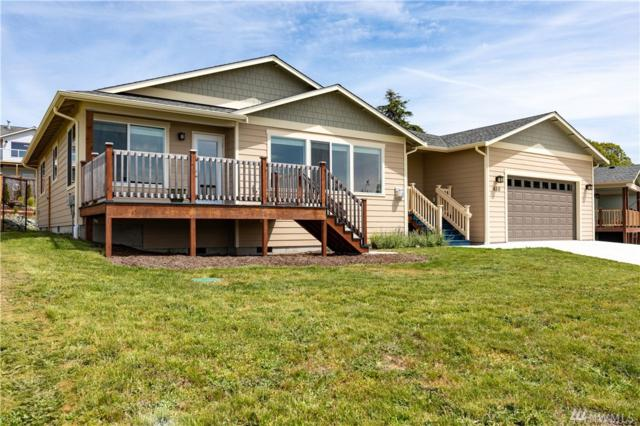 650 El Prado Ave, Coupeville, WA 98239 (#1460929) :: Homes on the Sound