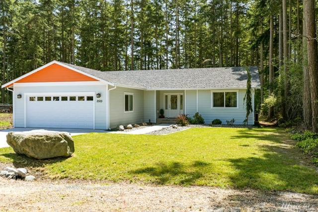 2565 San Juan St, Coupeville, WA 98239 (#1461102) :: Record Real Estate