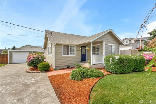 9046 S L St, Tacoma, WA 98444 (#1461532) :: The Kendra Todd Group at Keller Williams