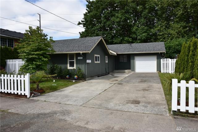 1105 N 2nd Ave, Kelso, WA 98626 (#1461705) :: Homes on the Sound
